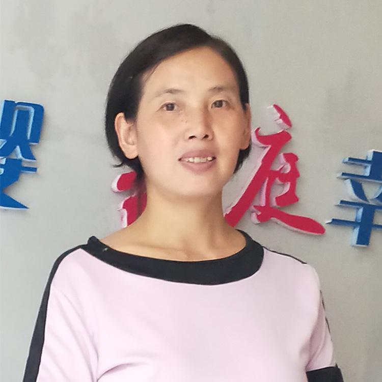 不住家育儿嫂(有证)—邓贵华